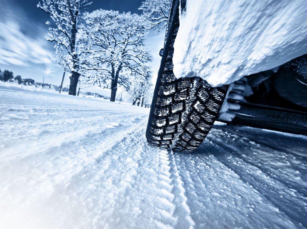 S0-etude-le-pneu-hiver-n-a-pas-vraiment-la-cote-110960